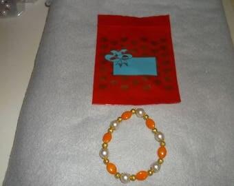 handmade stretchy bracelet