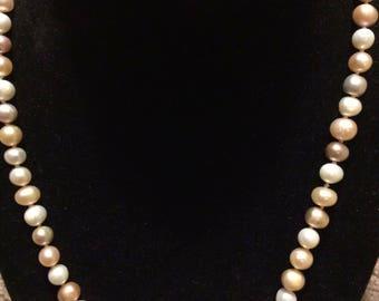 Natural Akoya Pearl Necklace