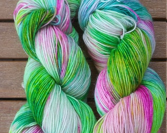 "Hand-dyed sock yarn ""Mädlazeig"""