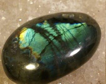 Labradorite Pebble 58,13 Gr-blue and Rainbow