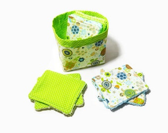 """Cotton washable wipes and sponge, 12 wipes and small storage bag """"Hatchlings"""" and green"""