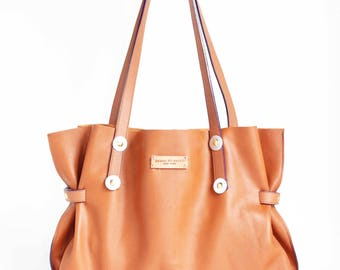 COGNAC LEATHER TOTE,with  long straps.