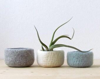 Felted wool bowls / light grey, white, grey green / minimalist home decor / desktop organizer / Eco-friendly gift