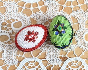 Beaded Eggs, Decorated Eggs, Red and Green Eggs,  Collectible, Special Set, European, Vintage,1980s,Easter Eggs,Colorful Souvenir,Wooden egg