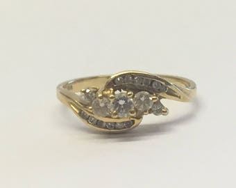 18ct Gold Triple Swirled Diamond Ring
