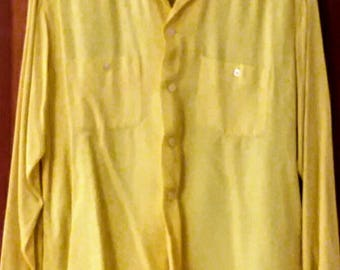 vintage yellow gabardine men's shirt 1950s