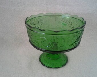 Vintage Glass E. O. Brody Co. Cleveland Green Pedestal Compote Bowl Dish #M6000