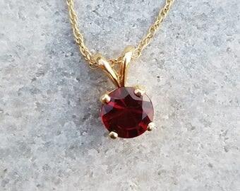 Red garnet 14K yellow Gold pendant