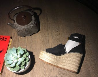 Chloé Sandals summer 2017. Chloé Black Suede Lauren espadrille wedge sandals