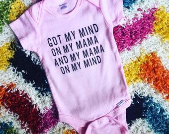 Got my mind on my mama // mom onesie // pink onesie // baby girl onesie // baby shower gift // funny baby onesie // baby shower idea