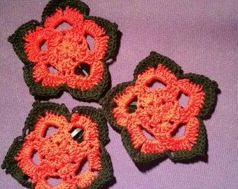 Set of 3 Crocheted Flower Hair Clips - Red