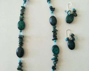Chrysocolli, Howilite and glass bead necklace with Charm earrings.