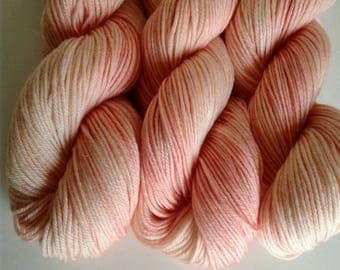 Georgia Peach. hand dyed, superwash merino, sport weight