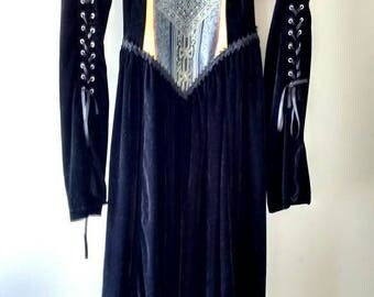 Subterranea Costume Gothic Velvet Dress Size M Acting Victorian Long Sleeve