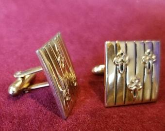 Vintage Swank Cufflinks 1950s Fleur-de-Lys Fleur-de-Lis Gold Tone Square