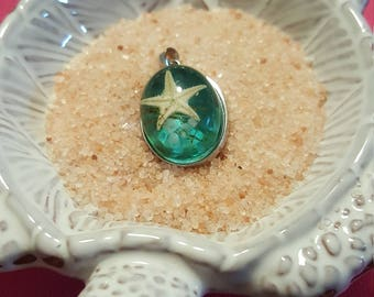 Starfish resin necklace