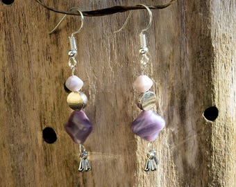 Earrings in shades of violet and purple glass beads