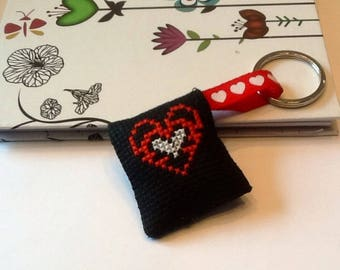Red and white heart embroidered keychain