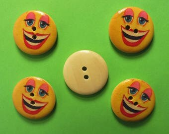 LOT 5 wood buttons: round Smiley 25 mm (02)