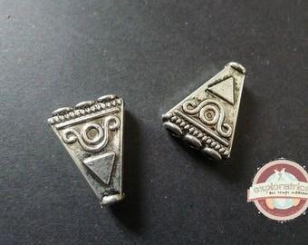 2 connectors geometric triangle 24 x 19 x 6 mm ethnic silver
