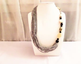 Necklace ethnic number 6 in African beads