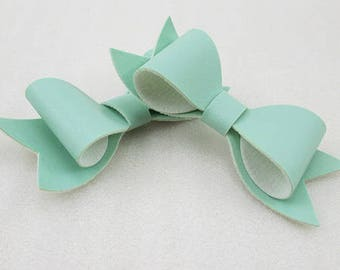 2 cute bows color mint leatherette 83 * 32mm