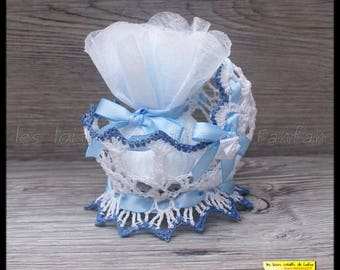 containing 10 wears blue and white for christening or other cradle purses sweets event