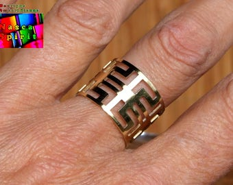 Model 3 - native American ethnic pattern finely engraved gilt brass Adjustable ring