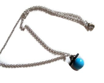 Silver necklace and pendant bead, and slate
