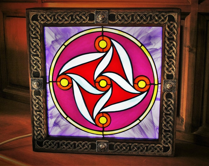 """light except for """"inspiration celtique"""" stained glass and embossed leather House"""