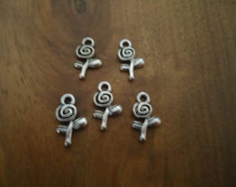 set of 5 BEAD charms - flower - antique silver