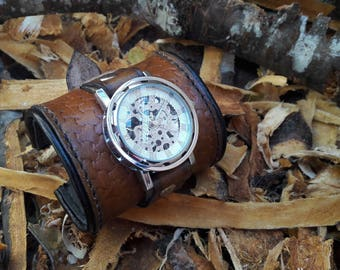 Wristwatch leather tanning vegetable pattern weave