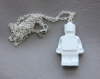 Necklace 77 cm + pendant snowman toy in white resin