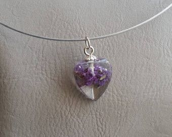 Round neck + heart pendant 2cm inclusion of dried Lavender flowers and resin
