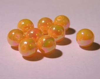 50 pearls iridescent - 8 mm - light orange PE 288-6