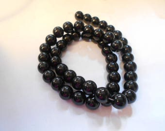 1 strand of 48 beads round 8 mm black agate