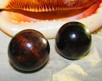 Large 30 mm round Brown wooden beads