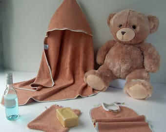 Hooded towel and bath output accessory in pure baby child bamboo fiber