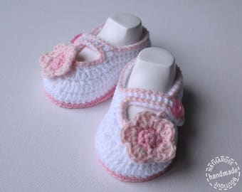 Pink white flower baby girl booties