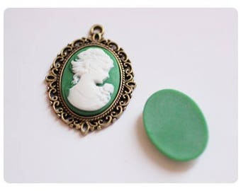 2 cabochons 25x18mm woman - green color