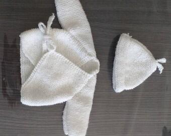 brassiere bebe 100% laine fait main avec bonnet