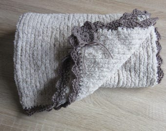 Bear pattern baby blanket