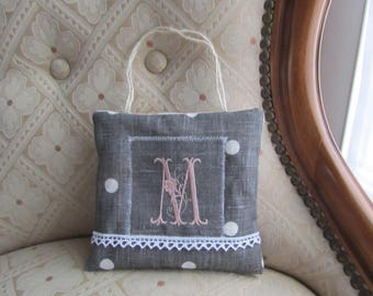 """Small pillow and linen Monogram """"M"""" in pale pink"""