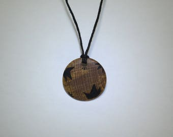 Nature jewelry: beech wood pendant