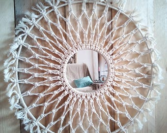 Round mirror in macrame