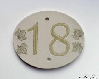 Door number, original oval shape, number 18 deco Ivy leaves