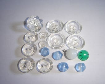 17 VINTAGE GLASS BUTTONS