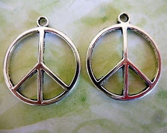 2 charms Peace & Love silver 24 mm in diameter