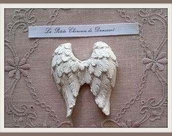 Plaster hanging Angel Wings