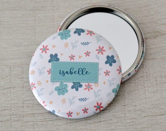 Personalized flower Pinback Button, mirror or Magnet 58 mm with names - Birthday favors - Custom Name Pinback Button - Photobooth props